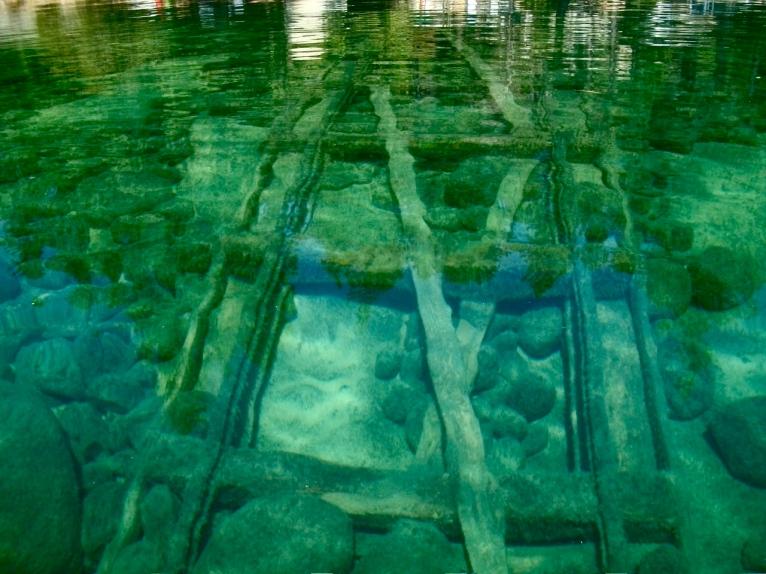 underwater tracks