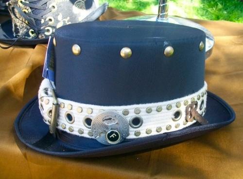 Studded belt = Steampunk hat band