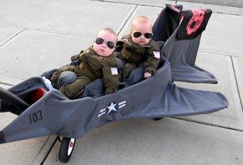 creative-costumes-for-babies-top-gun_zps313bbb86