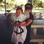 mommy-baby-halloween-costumes-ideas-3
