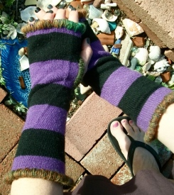 Upcycled Fingerless Reversible Mittens with multicolor yarn