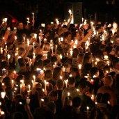 candlightCrowd