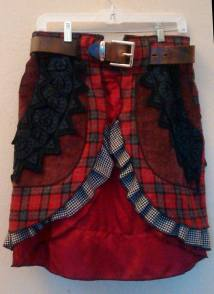 All my Utila-Bustles are adjustable in size because the belt can be changed.